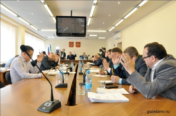 Депутаты Воркуты не смогли принять часть решений из-за нехватки голосов