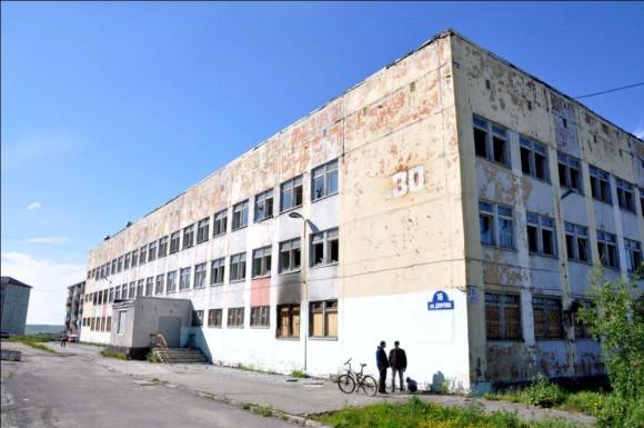 Воркутинский предприниматель восстанавливает здание бывшей школы