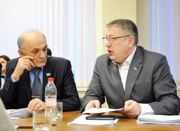 В депутатской фракции «Единой России» обнаружили «мошенника»