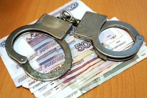 В Воркуте осудили коммерсанта и банкира, похитивших 25 миллионов рублей