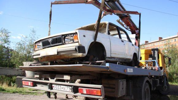 В Воркуте продолжается борьба с автохламом (ВИДЕО)