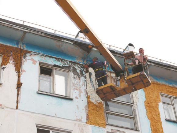 По программе капремонта в Воркуте приведут в порядок три крыши