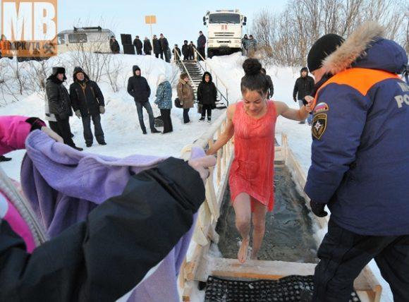 Воркутинцы отмечают Крещение на новом месте
