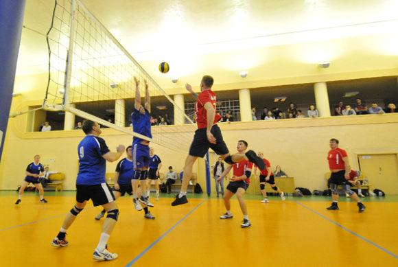 В Воркуте завершился чемпионат по волейболу
