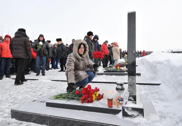 В Заполярье почтили память горняков шахты «Воркутинская»